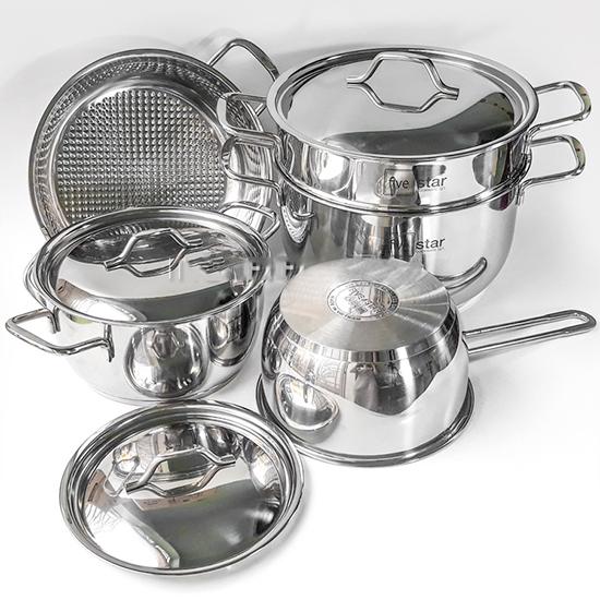 Bộ nồi 5 chiếc đầy đủ trong nhà bếp tiện dụng